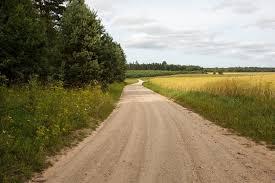 Kam jāuztur servitūta ceļš?